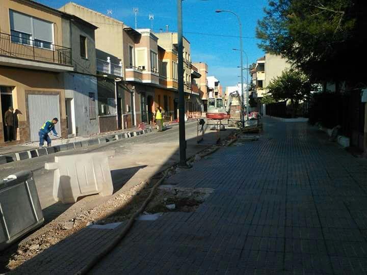 El PP de Rafal denuncia que el alcalde remodela la CV-912 sin contar con los vecinos