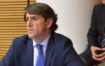 """Navarro: """"Marzà pone en riesgo la salud de diez mil niños ilicitanos"""""""