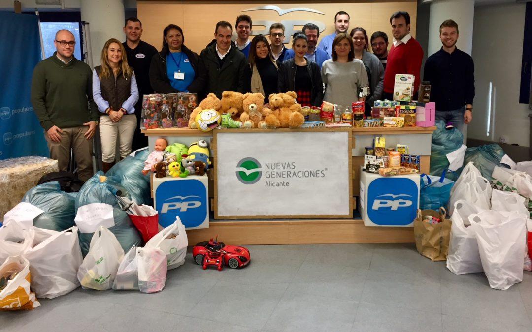 Nuevas Generaciones recoge 350 kilos de alimentos para familias necesitadas