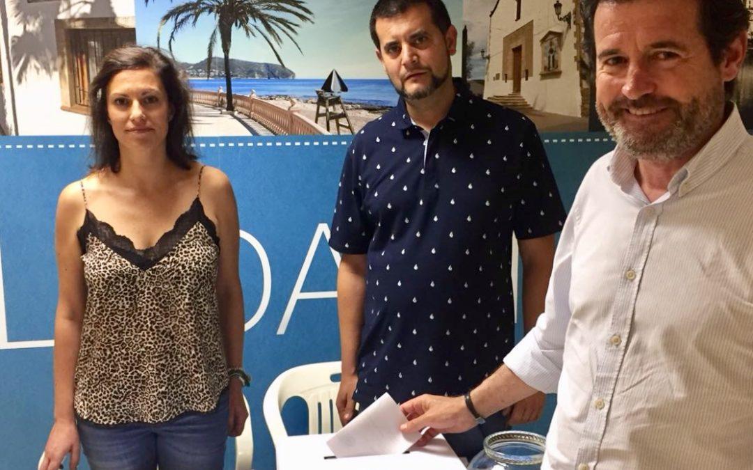 """Císcar destaca la """"responsabilidad"""" de los militantes en el proceso de primarias"""