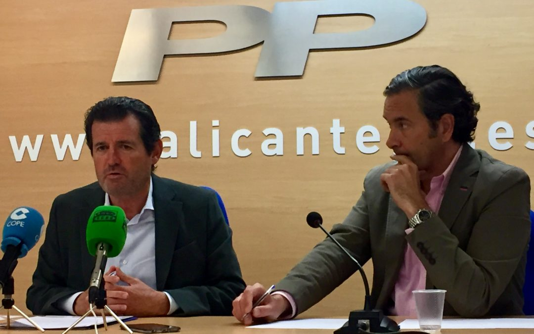 """Císcar: """"Nueve de cada diez alicantinos se beneficiarán de la bajada del IRPF que propone el PP en la Comunitat Valenciana"""""""