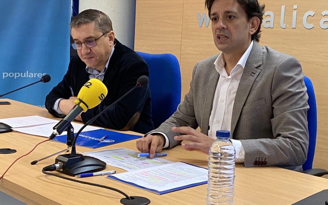 """El PP acusa a la consellera de Sanidad de """"congelar"""" las listas de espera"""